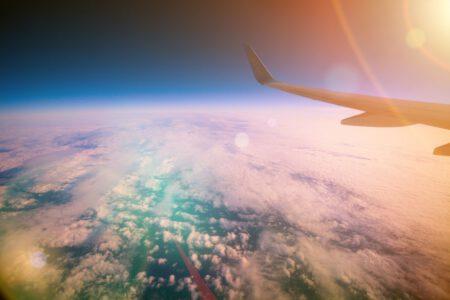 Vliegen met je baby: tips en ervaring